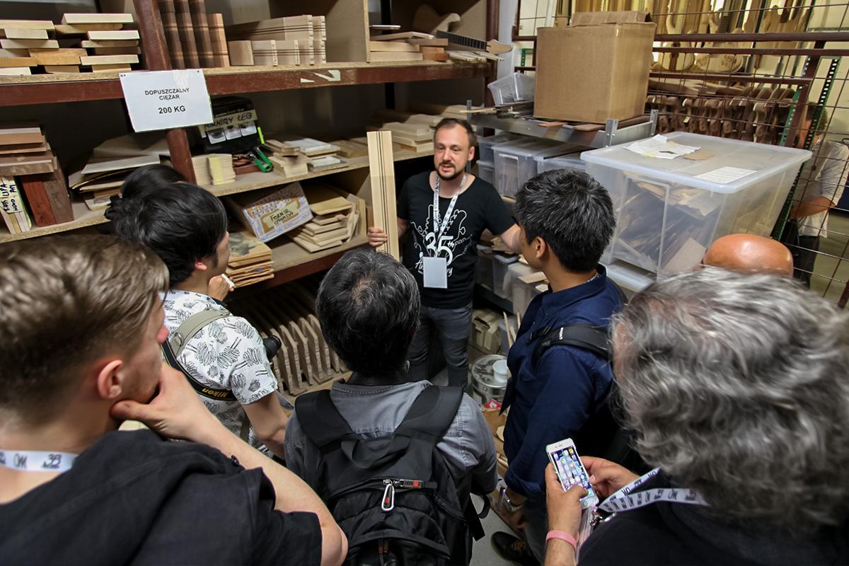 35-lecie firmy Mayones - Zwiedzanie hal produkcyjnych