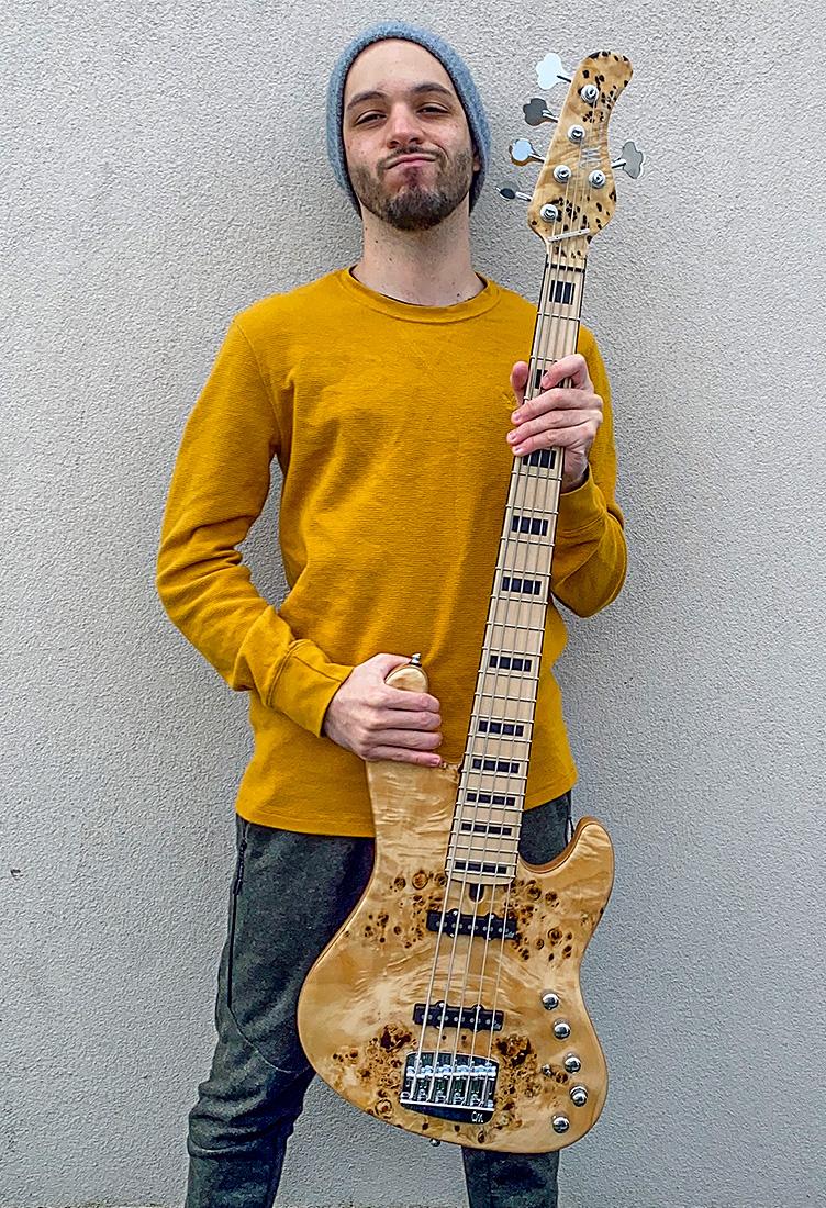 artist_bass_guy_bernfeld_full